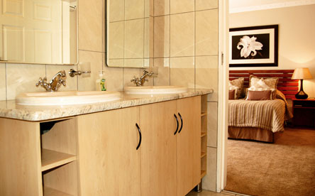 Presidential Suite - Victoria Place - Bathroom